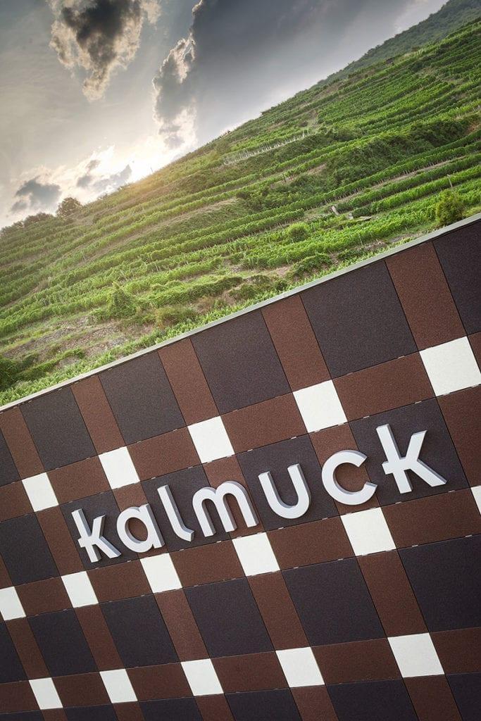 Referenz - Leuchtschrift, Kalmuck, Wachau