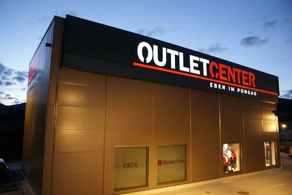 Referenz - Leuchtschrift, Outlet Center Eben